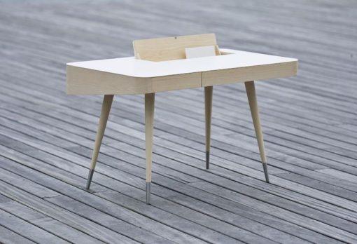 Naver Collection – Schreibtisch AK 1330