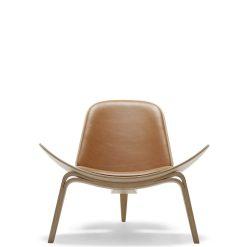 Carl Hansen - CH07 Smiling Chair