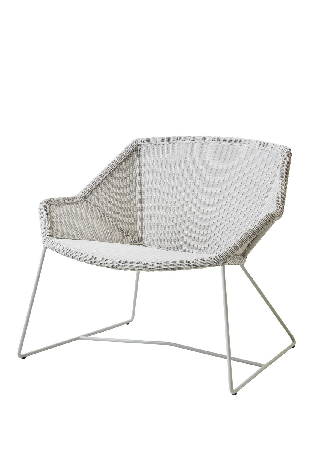cane line breeze lounge chair available at nordic urban in berlin. Black Bedroom Furniture Sets. Home Design Ideas