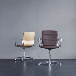 Magnus Olsen - Butterfly Swivel Office Chair