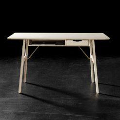 Getama - RM13 work desk